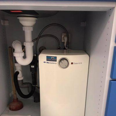 20190107 quooker en close in boiler vervangen3